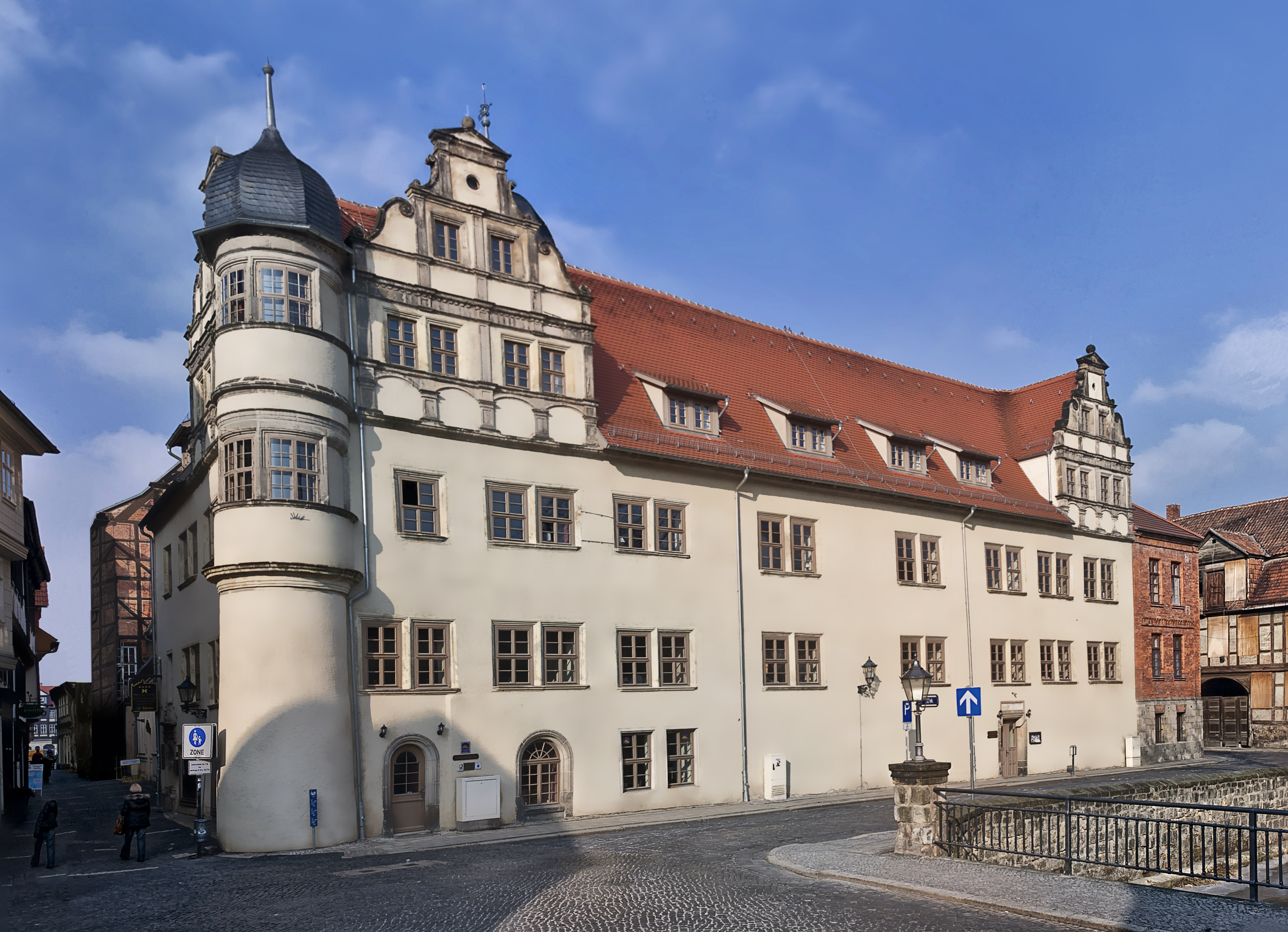 Hotel quedlinburg wyndham garden quedlinburg stadtschloss for The wyndham